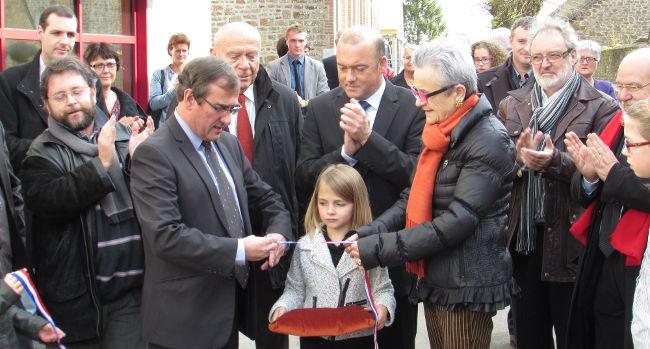 Inauguration de la cantine de l'école publique