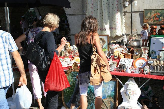 Vide grenier 2015 à Sens de Bretagne